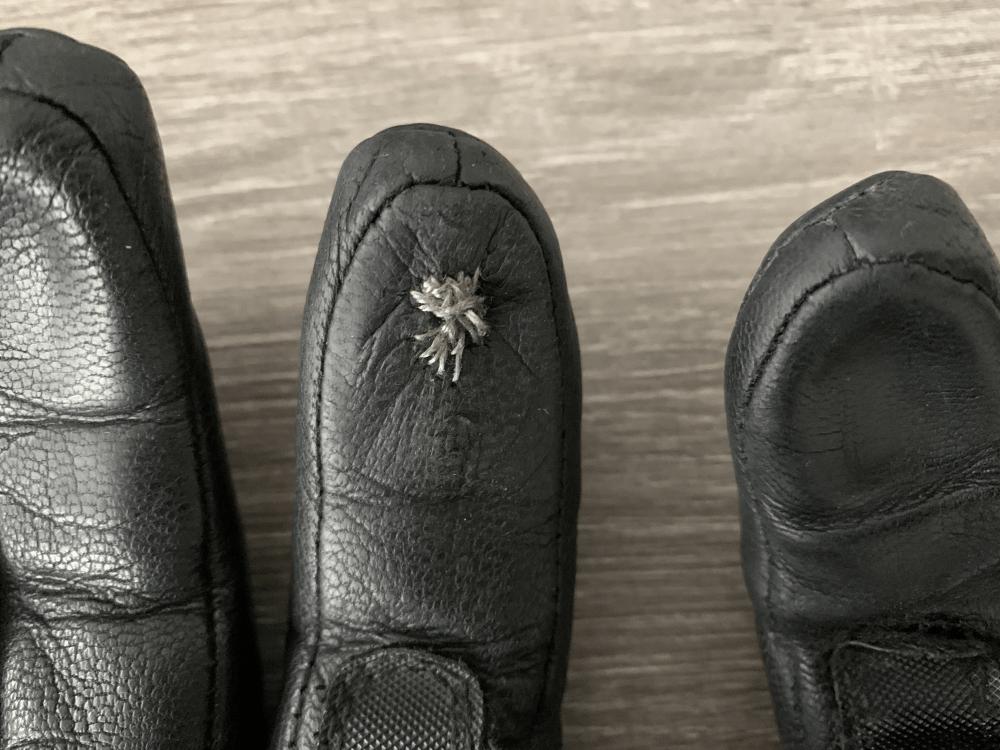 Handschuhe mit Silberfaden